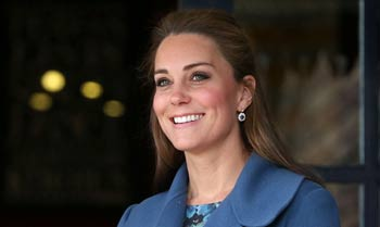 La Duquesa de Cambridge, una mamá moderna que rompe tradiciones reales