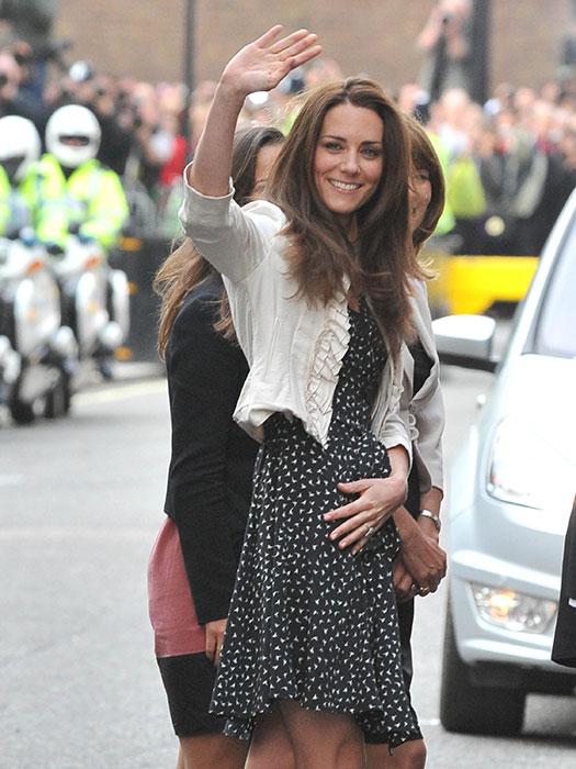 La Duquesa de Cambridge vuelve al Hotel Goring donde pasó la noche antes de su boda