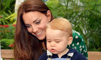 ¿Listo para recibir a un hermanito? El príncipe George disfruta de una visita privada al museo con su madre, la Duquesa de Cambridge