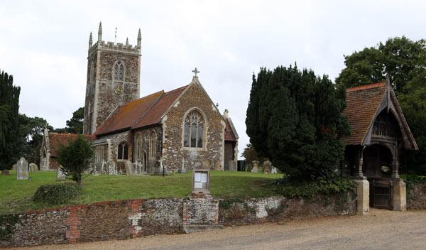 St. Mary Magdalene, la iglesia en la que será bautizada la princesa Charlotte como años atrás también lo fue la princesa Diana