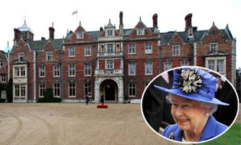 Tras las reformas de Anmer Hall y Buckingham, ¿para quién remodela la reina Isabel un 'palacio'?