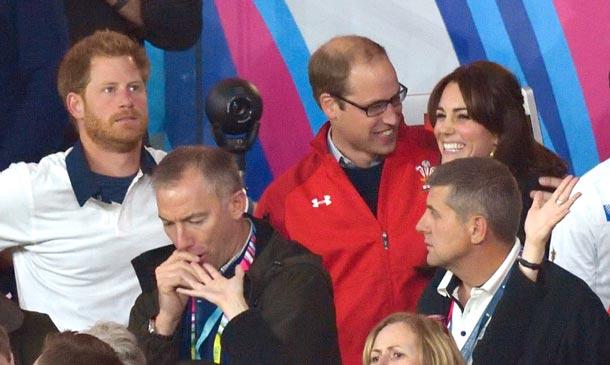 El Duque de Cambridge solo tiene ojos para su mujer