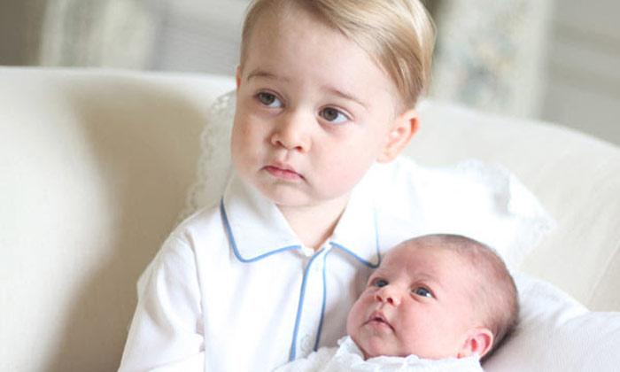 Así espera el príncipe George la visita de Papá Noel