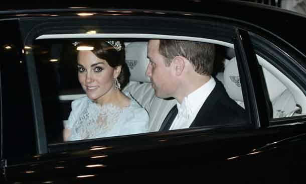 La Duquesa de Cambridge estrena 'su tiara', la favorita de la princesa Diana, en la recepción diplomática