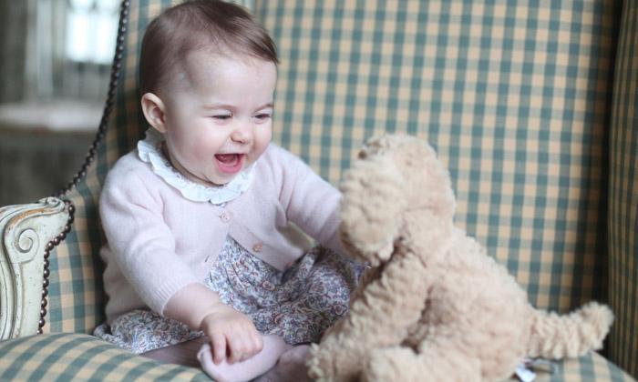 ¡Sorpresa! Charlotte de Cambridge, a sus ocho meses, en el top de la lista de los que 'realmente importan'