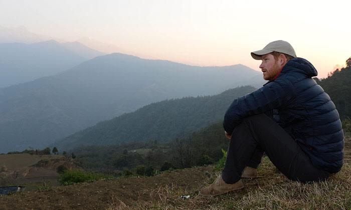¿'Namaste' Príncipe? Harry de Inglaterra cierra su viaje a Nepal con una gran sorpresa