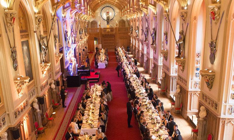 Guía para ser el perfecto invitado a una cena en Palacio