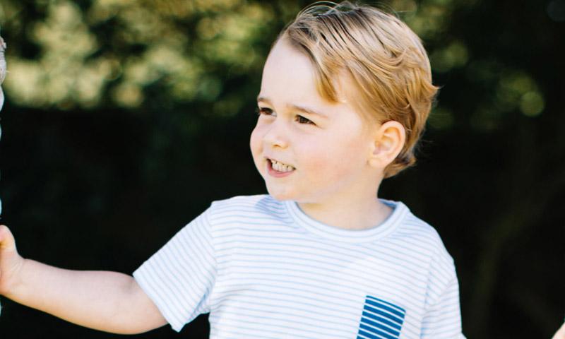El príncipe George de Cambridge y sus impecables modales