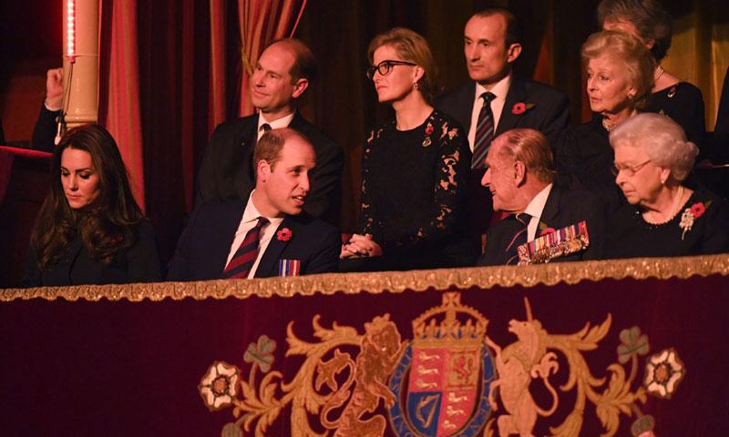 Toda la Familia Real británica se reúne en el Real Festival del Recuerdo