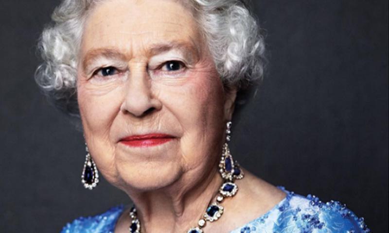 Isabel de Inglaterra cumple hoy 65 años en el trono y vuelve a hacer historia