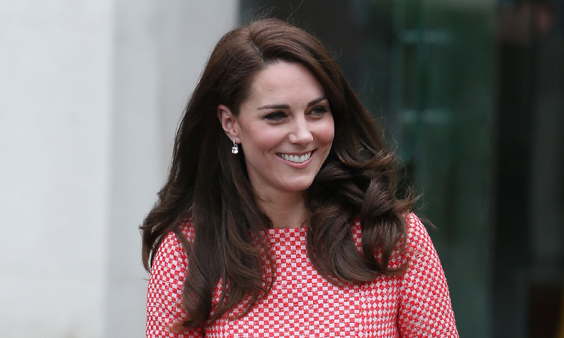 'Maravillosa, pero desafiante a la vez': la Duquesa de Cambridge habla sin tapujos sobre la maternidad