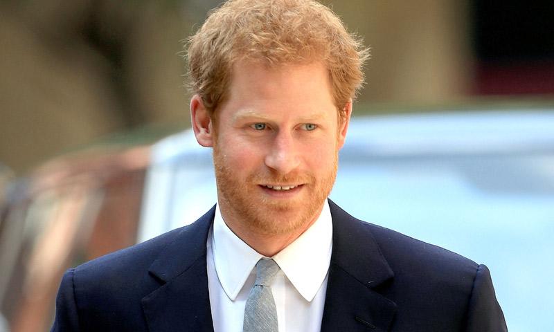 El príncipe Harry da un paso más con la llegada de don Felipe y doña Letizia