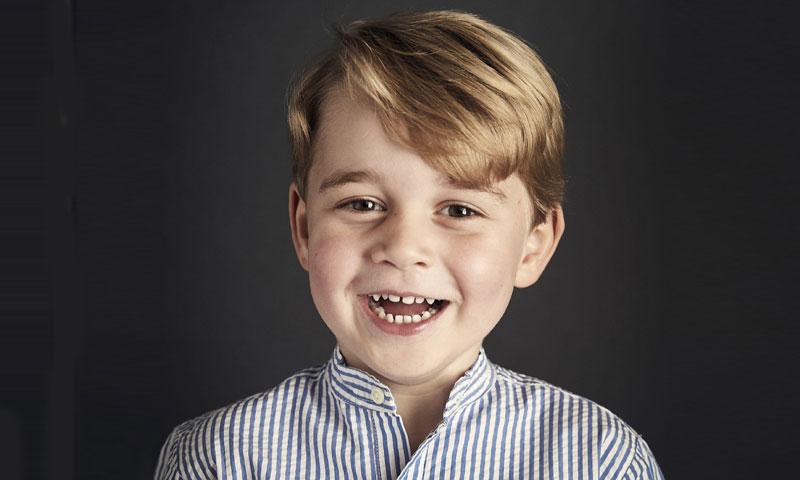 El adorable retrato oficial del Príncipe George por su cuarto cumpleaños