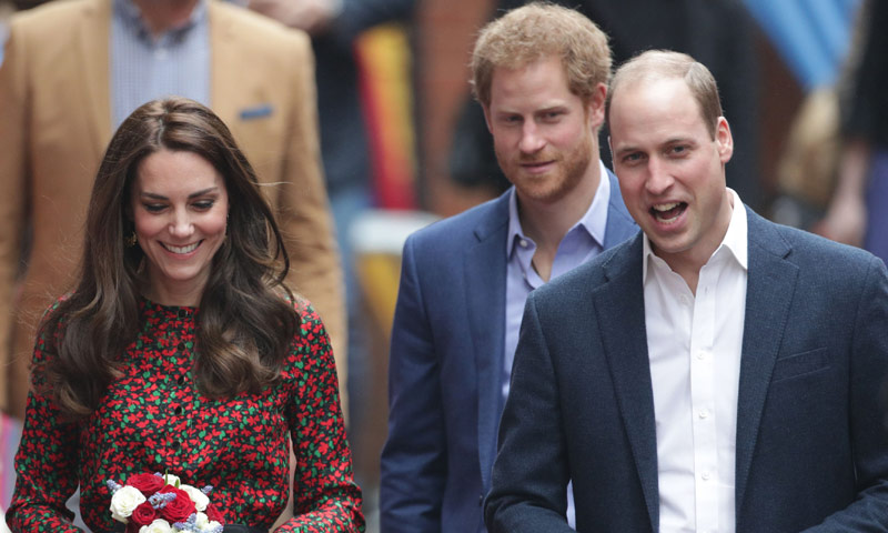 Los duques de cambridge y el pr ncipe harry buscan - Cambridge trabajo desde casa ...