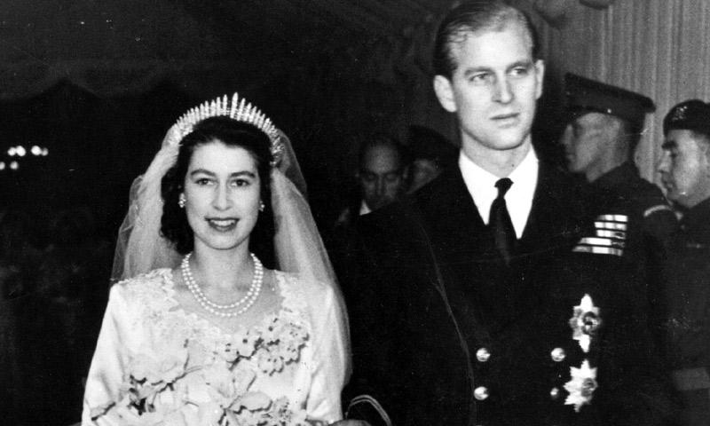 Un romántico mensaje para setenta años de amor, se acercan las Bodas de Titanio de Isabel II y el Duque de Edimburgo