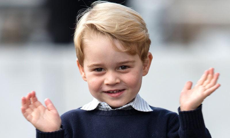 El adorable papel del príncipe George en su función navideña escolar