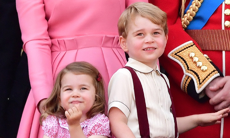 El motivo por el que los príncipes George y Charlotte no han recibido muchos regalos de Navidad