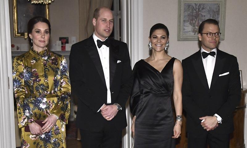 ¡Cena de gala con aires hollywoodienses! Los Duques de Cambridge y la realeza sueca se dan cita con Alicia Vikander