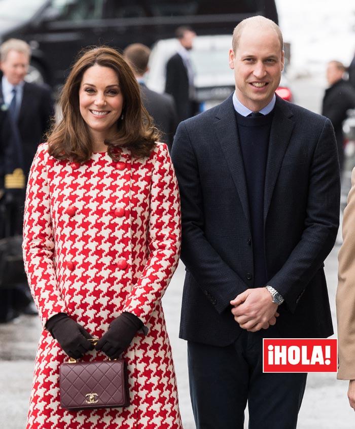 Kate Middleton, la Duquesa de Cambridge, ingresa en el hospital para ...