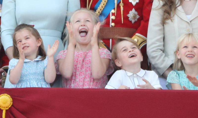 El entusiasmo de los pequeños de la Familia Real británica al presenciar el desfile aéreo