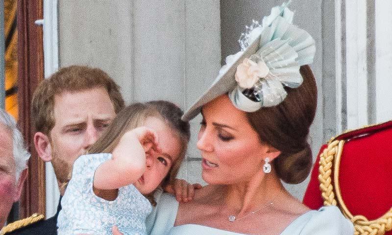 Todas las anécdotas del desfile en honor a Isabel II