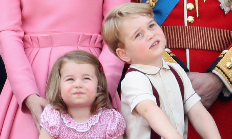 Los momentos más adorables de los príncipes George y Charlotte de Cambridge