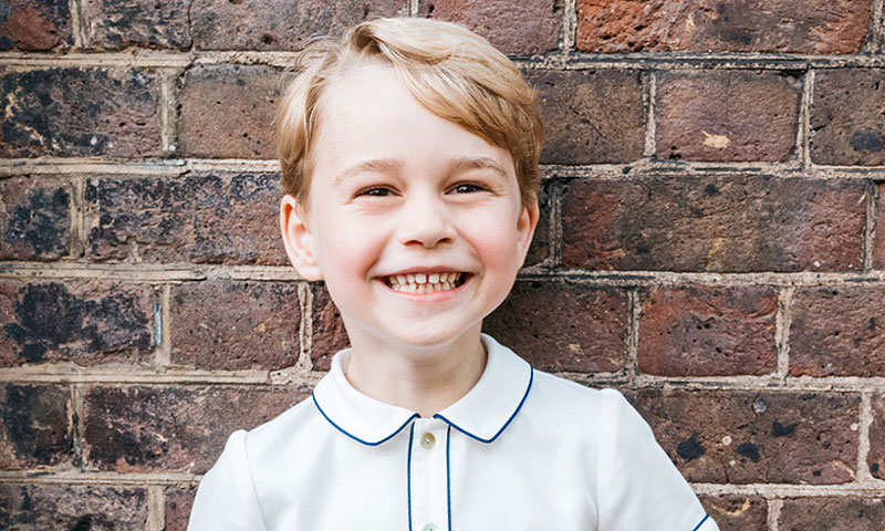 Te contamos por qué el retrato oficial del cumpleaños de George de Cambridge divide a sus admiradores