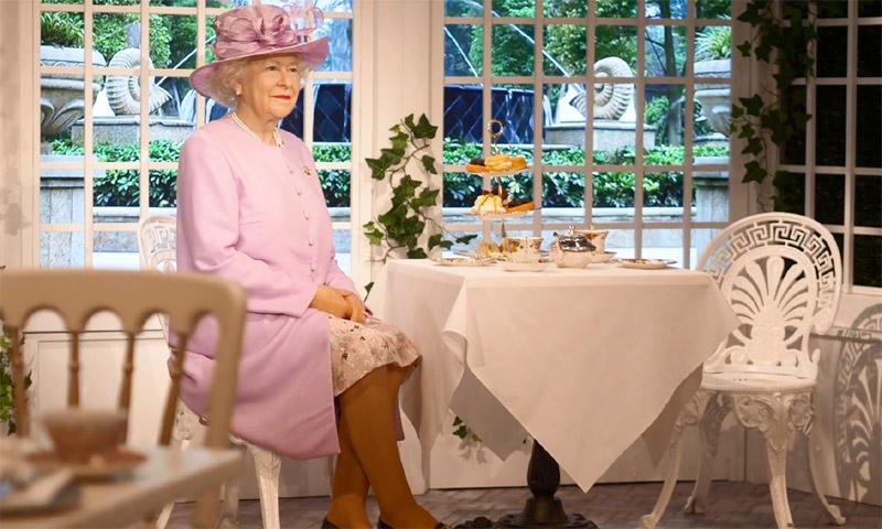 Es posible que esto sea lo más cerca que estés de tomar un té con la Reina de Inglaterra
