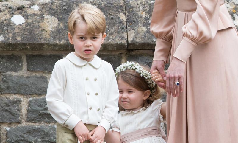 Sabemos cuáles son los primeros regalos de Navidad que han recibido George y Charlotte de Cambridge