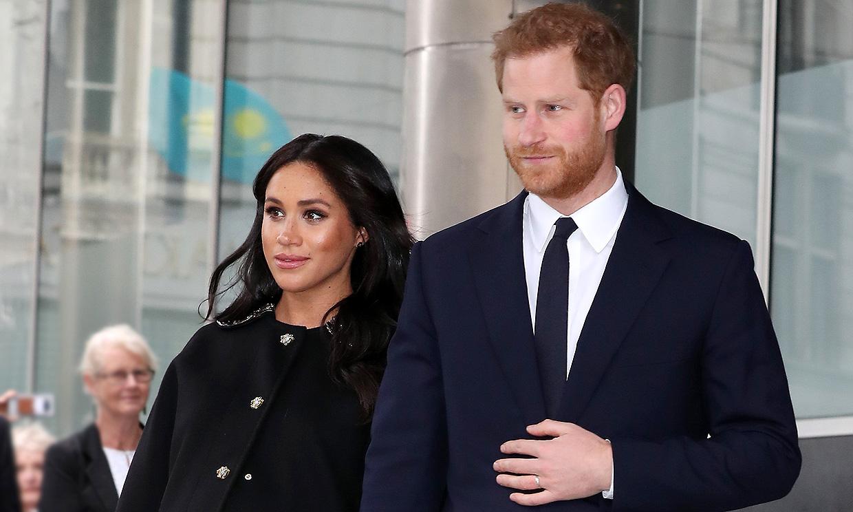 El príncipe Harry cambia su agenda ante el inminente nacimiento de su bebé