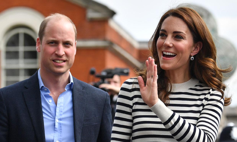 La simpática broma del príncipe Guillermo a Harry tras ser papá por primera vez