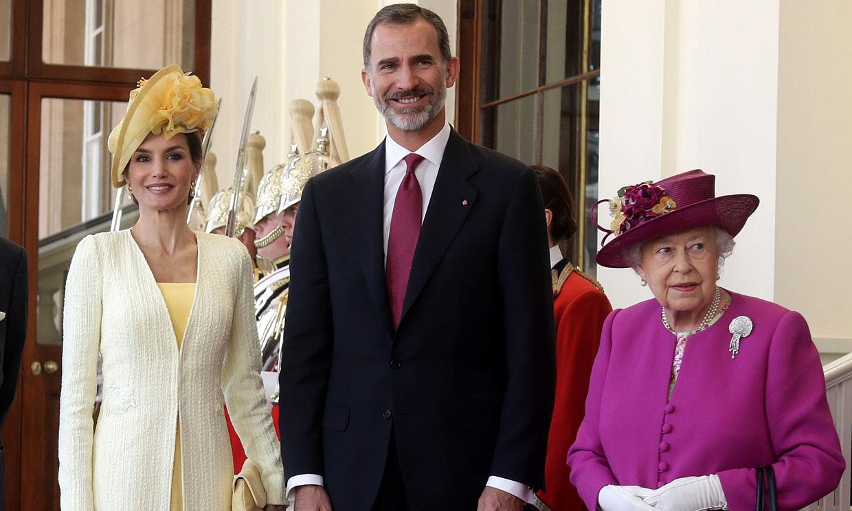 ¡Confirmado! Isabel II investirá a Felipe VI caballero de la Jarretera con la presencia de la reina Letizia