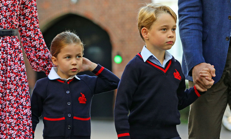 ¿Qué prenda de moda española llevó la princesa Charlotte en su primer día de colegio?