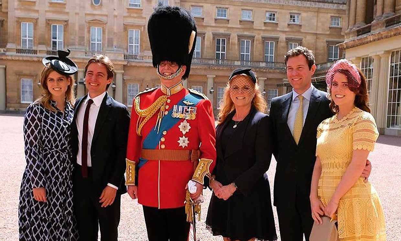 Primera imagen de la familia York tras el compromiso de Beatriz para celebrar los 60 años de Sarah Ferguson