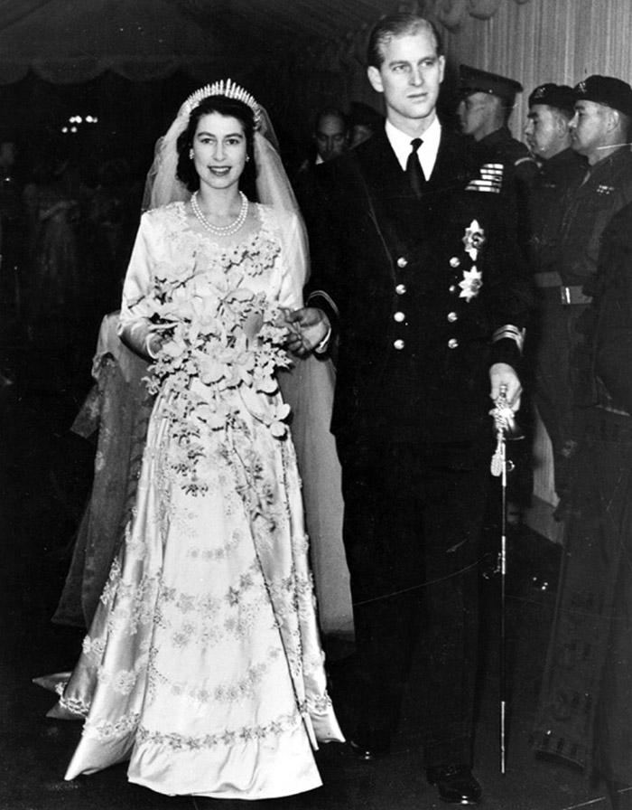 Isabel De Inglaterra Y Felipe De Edimburgo Cumplen 72 Anos De Casados Asi Les Han Felicitado
