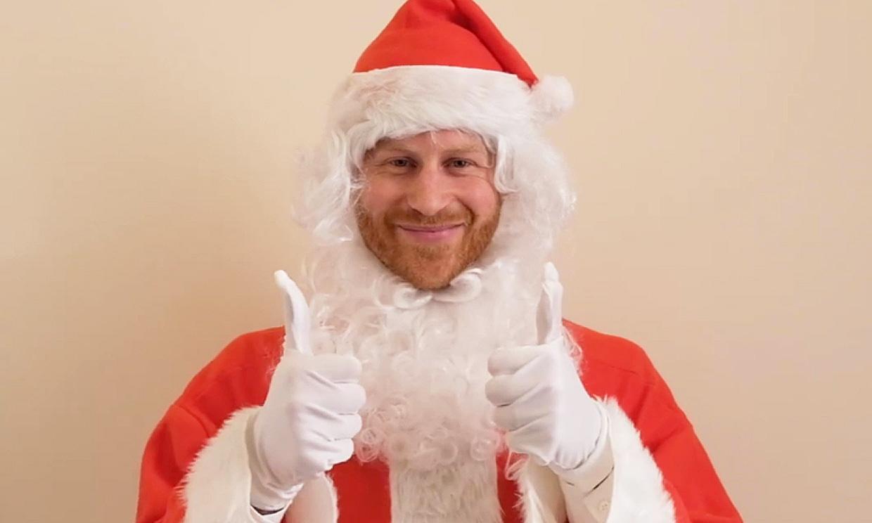 ¡Ho, ho, ho! El príncipe Harry sale de su retiro para vestirse de Papá Noel por una buena causa