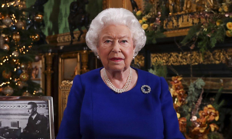 La notable ausencia de los Sussex y la alusión al 'bache de 2019' en el discurso de Navidad de Isabel de Inglaterra
