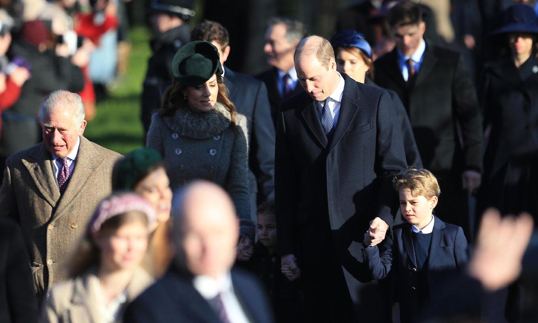 La Familia Real británica se reúne en la misa de Navidad con notables presencias y una ausencia