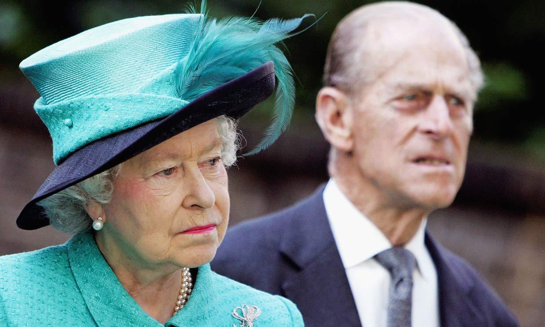 De la abdicación de Eduardo VIII a la 'huida' de Harry: los tsunamis que han sacudido a Isabel II