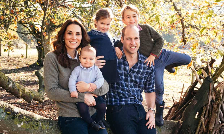 George, Charlotte y Louis de Cambridge hacen un 'cameo' en la última campaña de sus padres