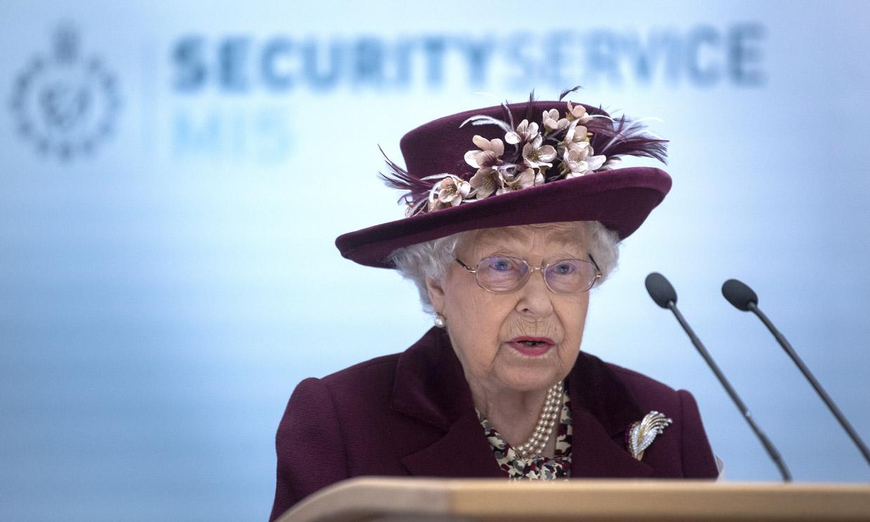 Isabel de Inglaterra realizó una visita 'secreta' a los espías del MI5