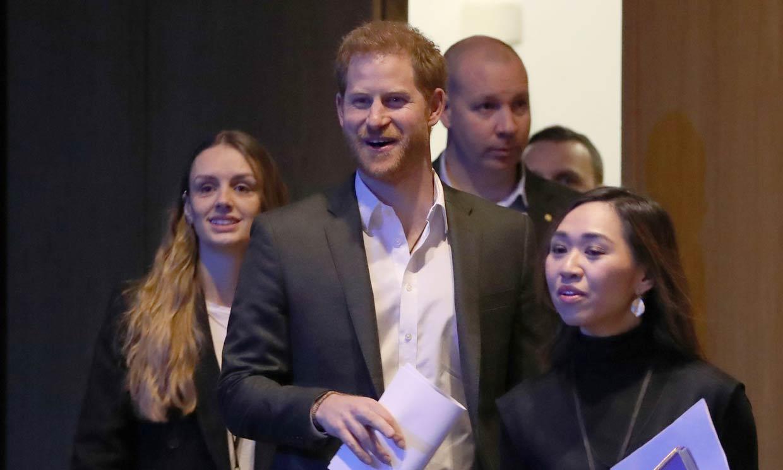 Primer acto publicitario del príncipe Harry antes de su marcha definitiva de la monarquía
