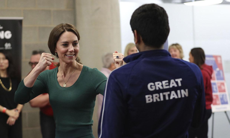 ¡Cuidado con Kate-San! La duquesa de Cambridge muestra sus habilidades con el taekwondo