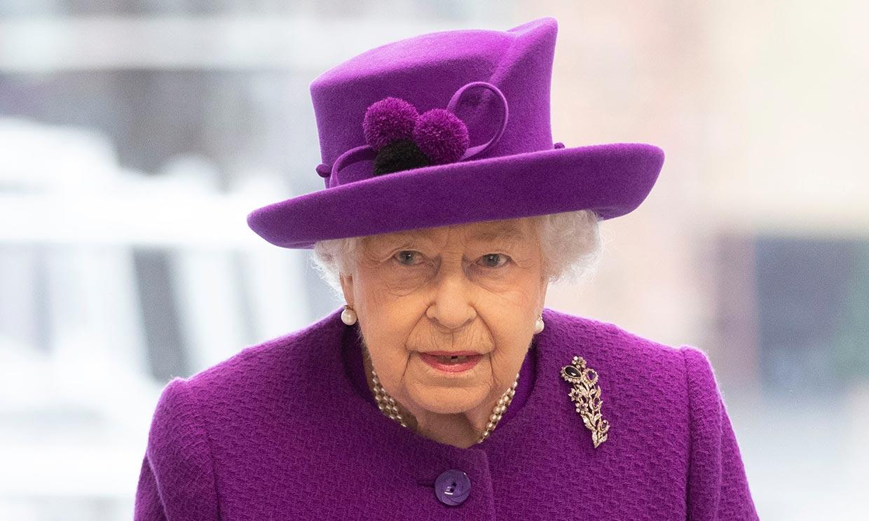 Isabel II cambia su agenda por el COVID-19 y apela a la unión de los ciudadanos
