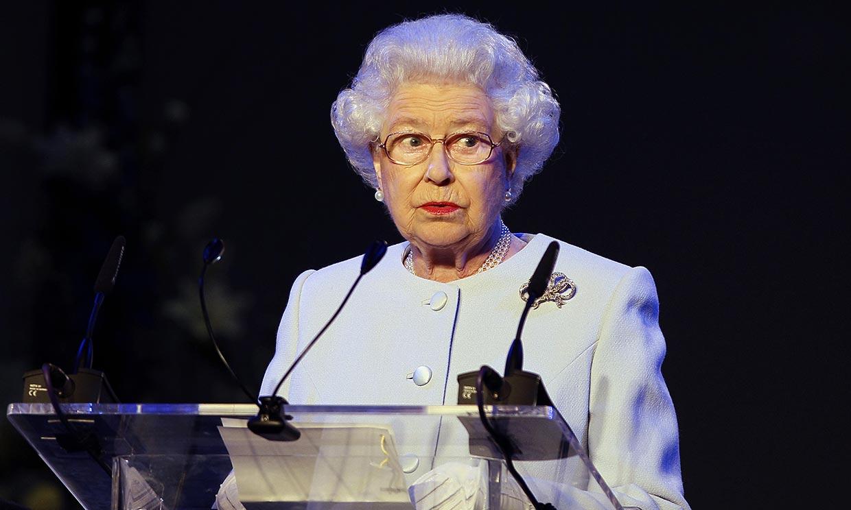 El Palacio de Buckingham revela parte del histórico discurso que ofrecerá esta tarde Isabel II