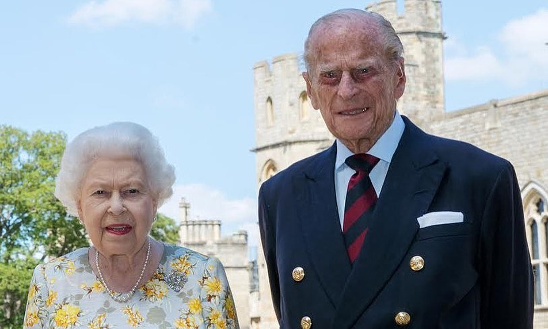 Felipe de Edimburgo conmemora su 99 cumpleaños con una nueva foto junto a Isabel II
