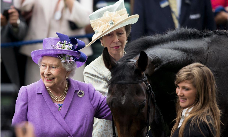 El mensaje de Isabel II tras perderse uno de sus actos más queridos