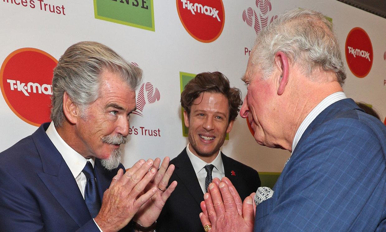 Cuando Pierce Brosnan temió por su encuentro con Carlos de Inglaterra