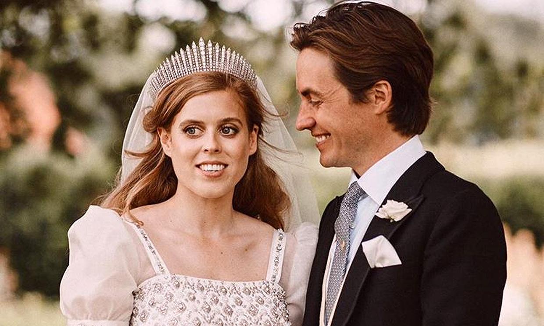 Beatriz de York y Edoardo Mapelli comparten nuevas fotografías de su enlace y agradecen las felicitaciones