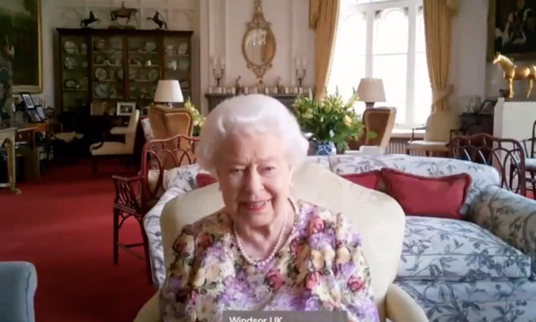 Ana de Inglaterra a Isabel II en una divertida videollamada: 'A mí ya me tienes vista'